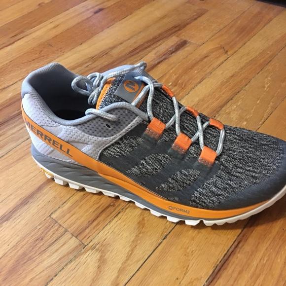 2540397a4a444 NWT in box - Merrell Antora Trail Shoes